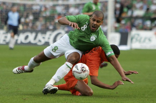 Reid during a clash with Holland in 2006