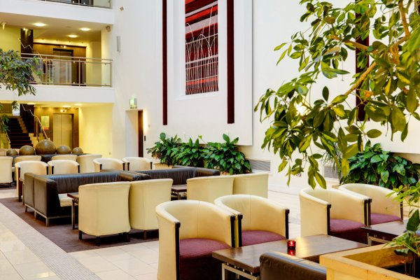 Further seating areas in the hotel