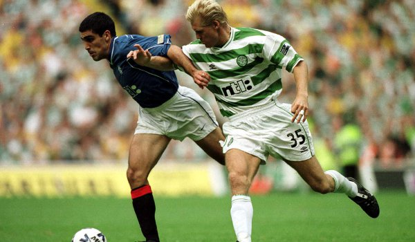 Johan Mjallby as a Celtic player in 2000