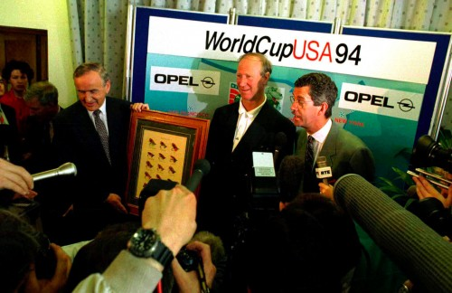 Irish manager Jack Charlton meets Albert Reynolds and Dick Spring during World Cup 1994 (Photocall Ireland)
