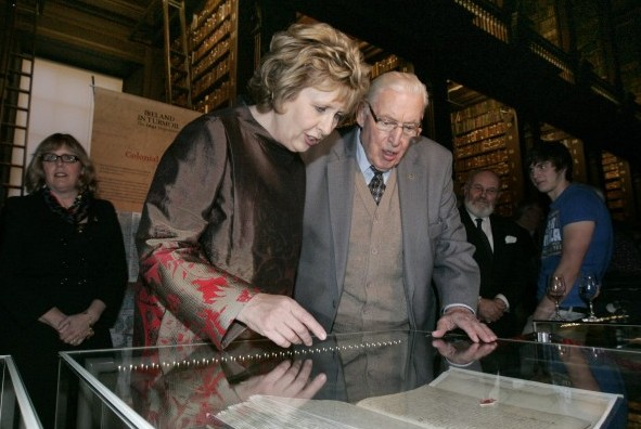 Pictured at the opening of 'Ireland in Turmoil: the 1641 Depositions' at Trinity College Dublin, 2010, in the Long Room at TCD are the President of Ireland Mary McAleese and Lord Bannside Dr. Ian Paisley. The exhibition aims to raise awareness about the 1641 Irish Rebellion, one of the most bloody and traumatic moments in Irish history with a view to promoting greater understanding between the different traditions on the island of Ireland. (Photo: Mark Stedman/Photocall Ireland)