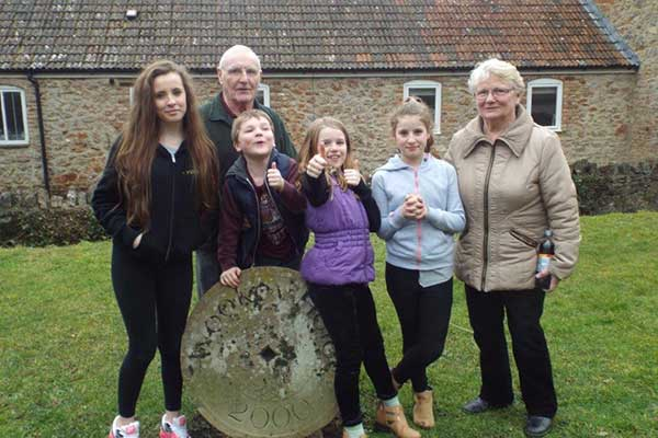 Julie Nugent's family including mum Bridie, dad Mick and her daughters Iris and Lily