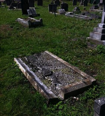 Patrick O'Connell's unmarked grave, in St Mary's Cemetery in London's Kensal Green