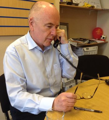 Jack Dromey's election campaign paid dividends yesterday, where he was returned to the Birmingham Erdington seat-n