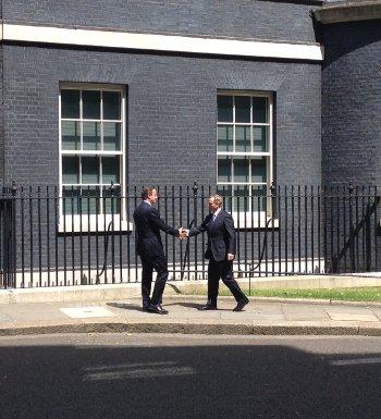 David Cameron meets Taoiseach Enda Kenny-n