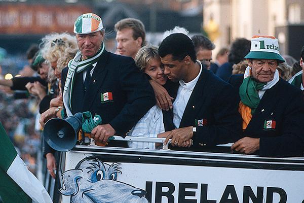 The players enter Dublin on an open-top bus