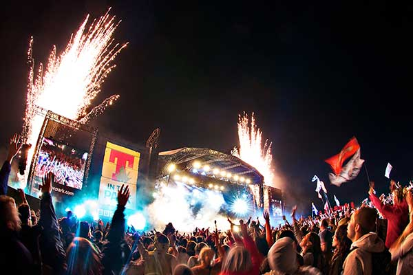 T-in-the-Park-Main-Stage-fireworks