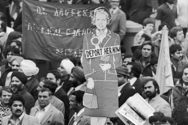 Thatcherprotest-n
