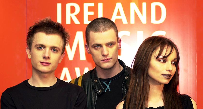 Pop band JJ72 at The Point Theatre, Dublin in 2001(RollingNews.ie)