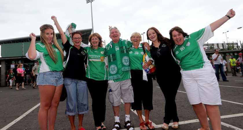 London fans Edel O'Sullivan, Siobhan O'Sullivan, Judy Butler, Liam O'Mahony, Maura O'Mahony, Tiffany Butler and Mary Butler [Picture: Inpho]