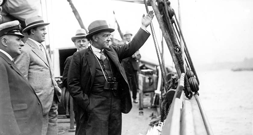 September 1921:  Ernest Shackleton waving goodbye as he embarks on the Shackleton-Rault Expedition to the Antarctic.  (Photo by Topical Press Agency/Getty Images)