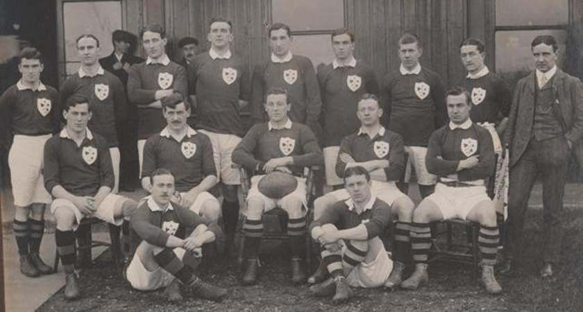 Ernest Deane with his old Ireland rugby team-mates [Picture courtesy of Merrion Press via IRFU archives]