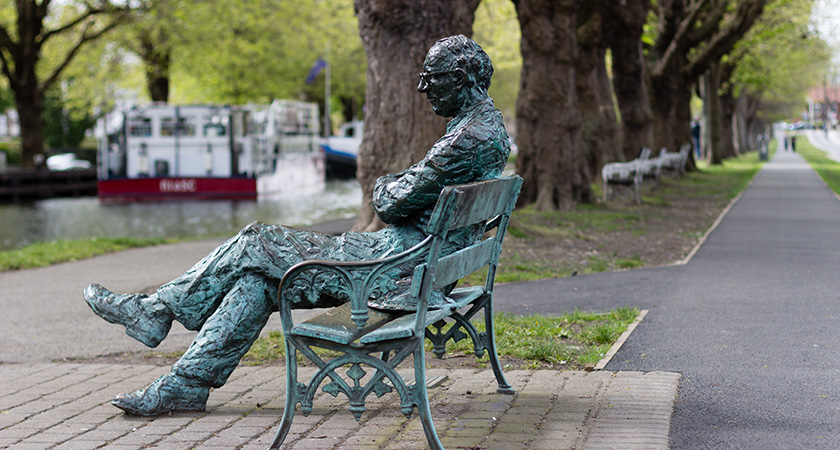 A monumnet to Patrick Kavanagh at Grand Canal, Dublin