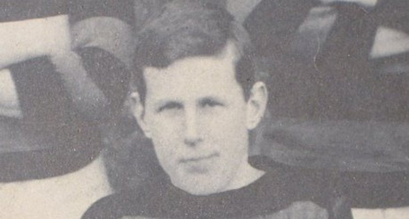 Robbie Smyth Basil Maclear [Picture courtesy of IRFU archives via Merrion Press]