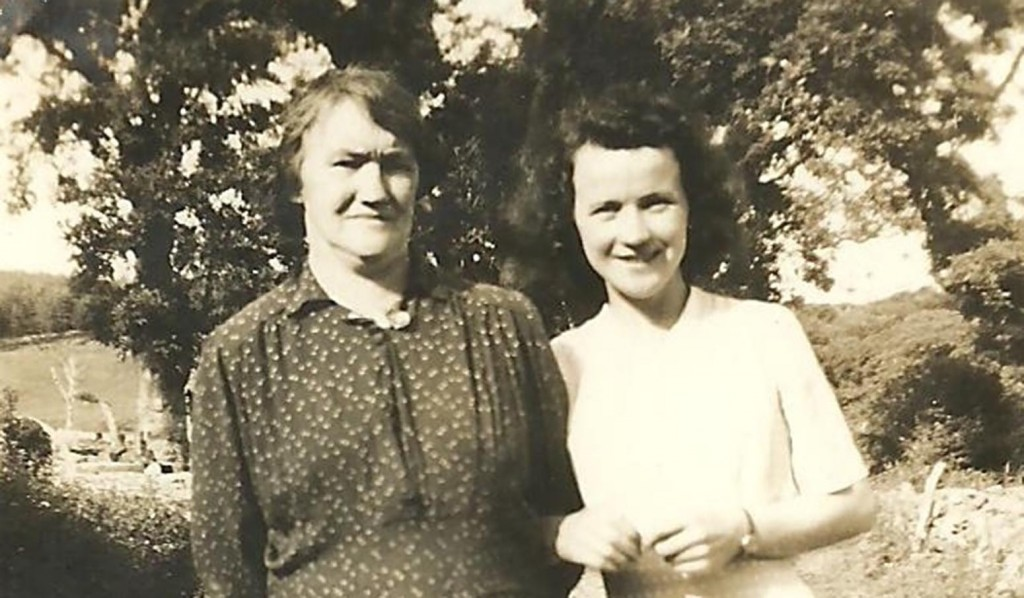 Bridie pictured with her mother