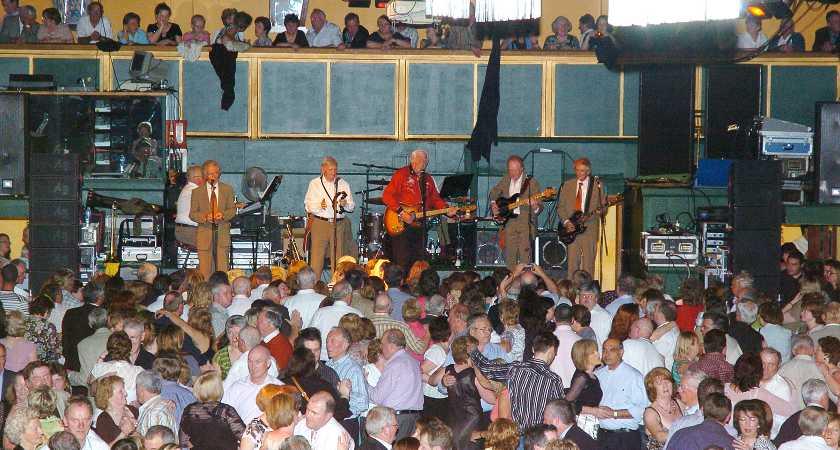 Final night at Galtymore, Cricklewood, London, 25/5/2008