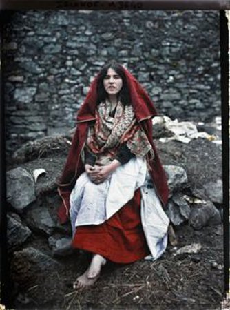 A Claddagh woman in their traditional clothing.
