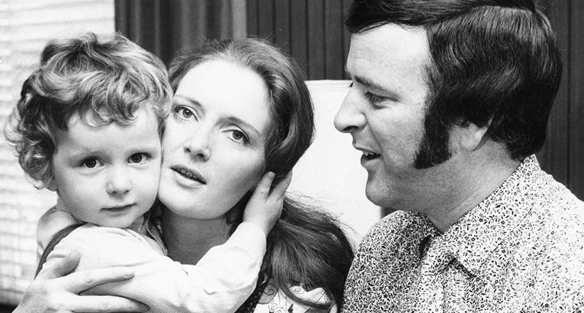 Irish broadcaster Terry Wogan with his wife Helen and baby son Alan, circa 1975. (Photo by Chris Ware/Keystone Features/Getty Images)