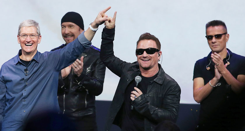 U2 and Apple CEO Tim Cook (Picture: Getty Images)
