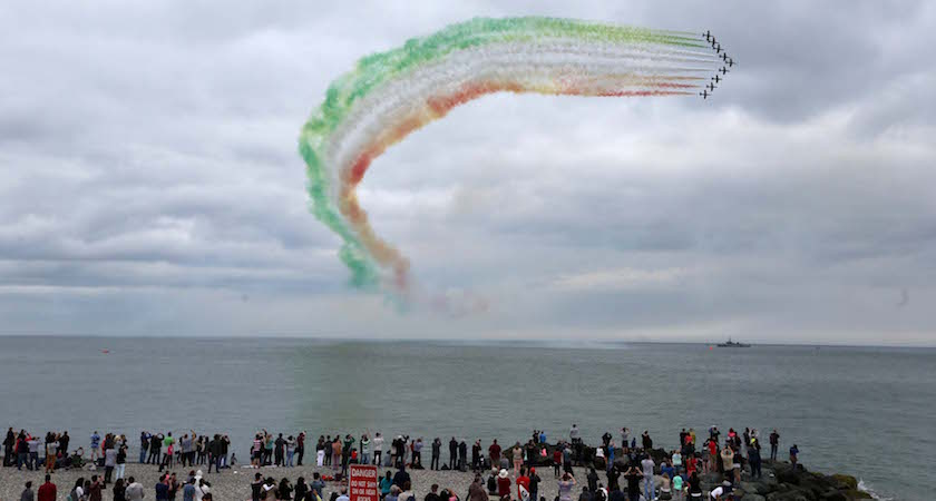 23/07/2016. The Bray Air Display 2016. Pictured The Frecce Tricolori flying in the Bray Air Display 2016 , which takes place today and tomorrow. Photo: /Rollingnews.ie