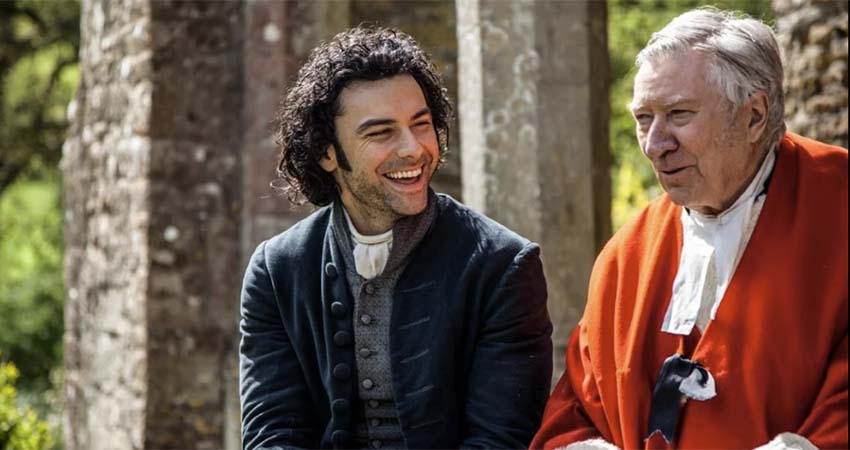 New and Old: Aidan Turner and the original Poldark, Robin Ellis, appeared together in the last season when Ellis had a cameo as a judge. (Source: BBC/Mammouth Productions)