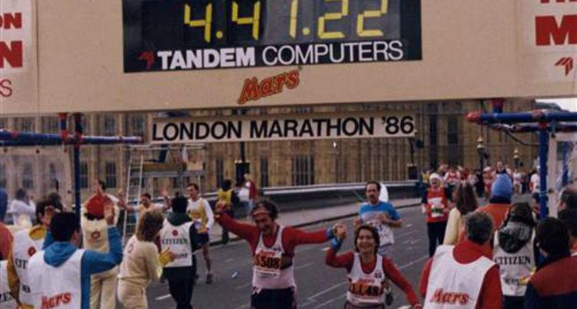 Kay and Joe O'Regan cross the finish line at the Lonson marathon in 1986.
