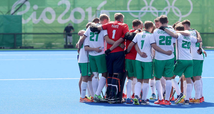 Rio 2016 Olympic Games Day 1, Rio de Janeiro, Brazil 6/8/2016 Men's Hockey Ireland vs India The Ireland team dejected in a huddle after the game Mandatory Credit ©INPHO/Dan Sheridan
