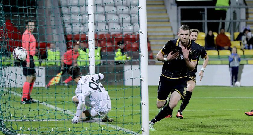 Dundalk's Ciaran Kilduff celebrates scoring the only goal [©INPHO/Morgan Treacy]
