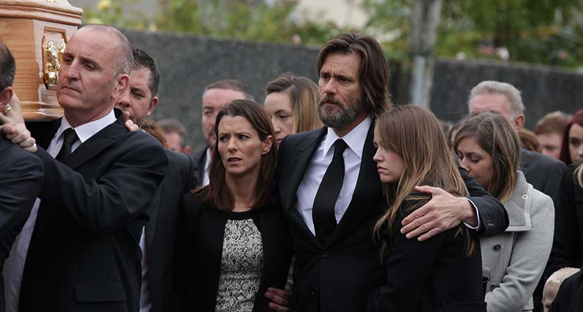 Jim Carrey attended the funeral of Cathriona White, flanked by her family, in October 2015. (Photo by Debbie Hickey/Getty Images)