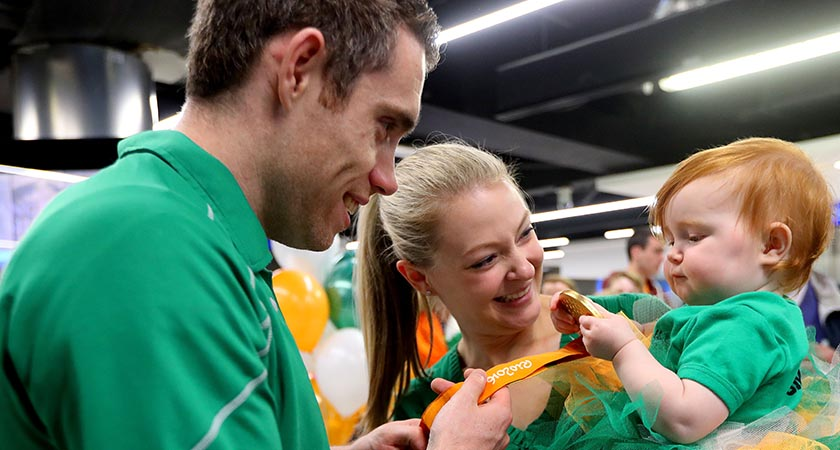 Gold medalist Jason Smyth with his wife and daughter Elise and Evie [Picture: INPHO/James Crombie]