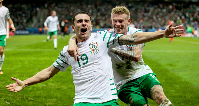 Robbie Brady celebrates his winner against Italy at Euro 2016 (Image: inphe.ie)