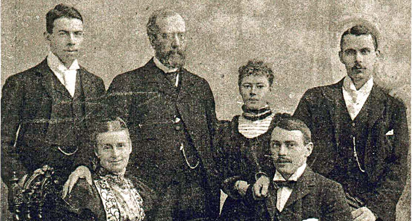 The Andrews family in 1895. Picture: Wiki Commons