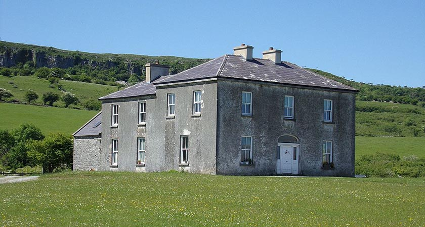 The priests' residence on Craggy Island (Picture: JuneGloom07, public domain)