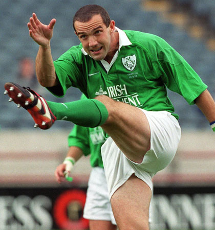 O'Shea in action for Ireland in 1999 (Image: inpho.ie/Billy Strickland)
