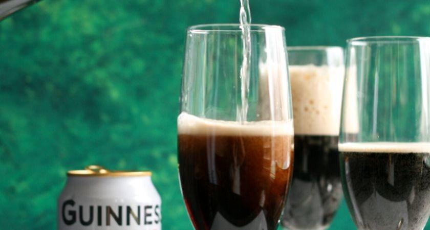 Guinness Black Velvet recipe.