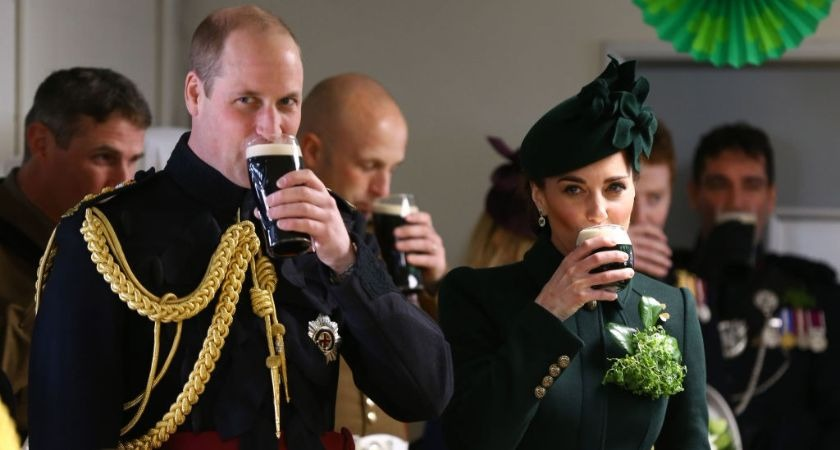 Irish Guard attacked by buffalo recounts ordeal to Duke of Cambridge at St Patrick's Day event.