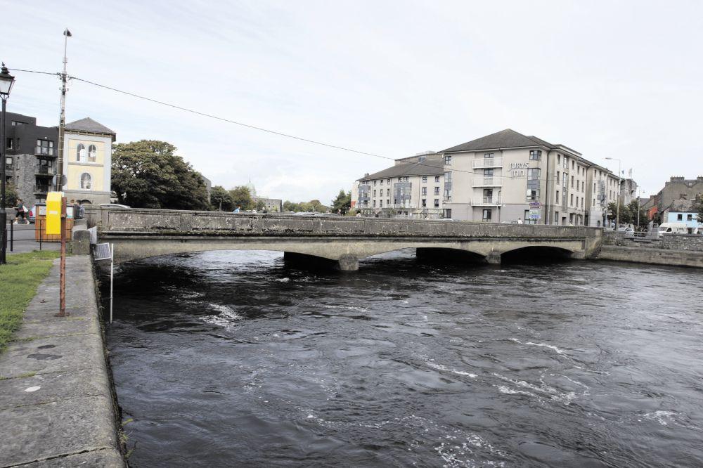 Wolfe Tone Bridge in Galway