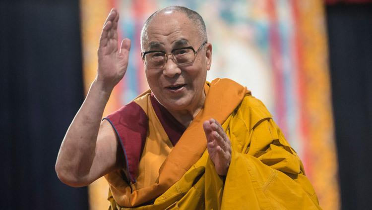 Dalai Lama Says Donald Trump Has A Lack Of Moral Principle The Irish Post