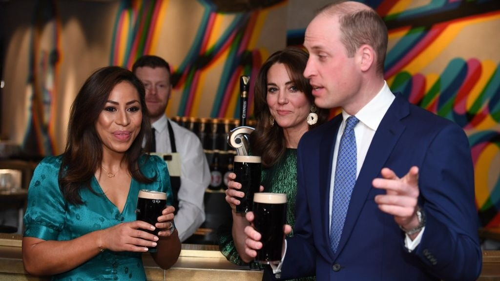 William and Kate arrive for state visit which includes trip to Kildare