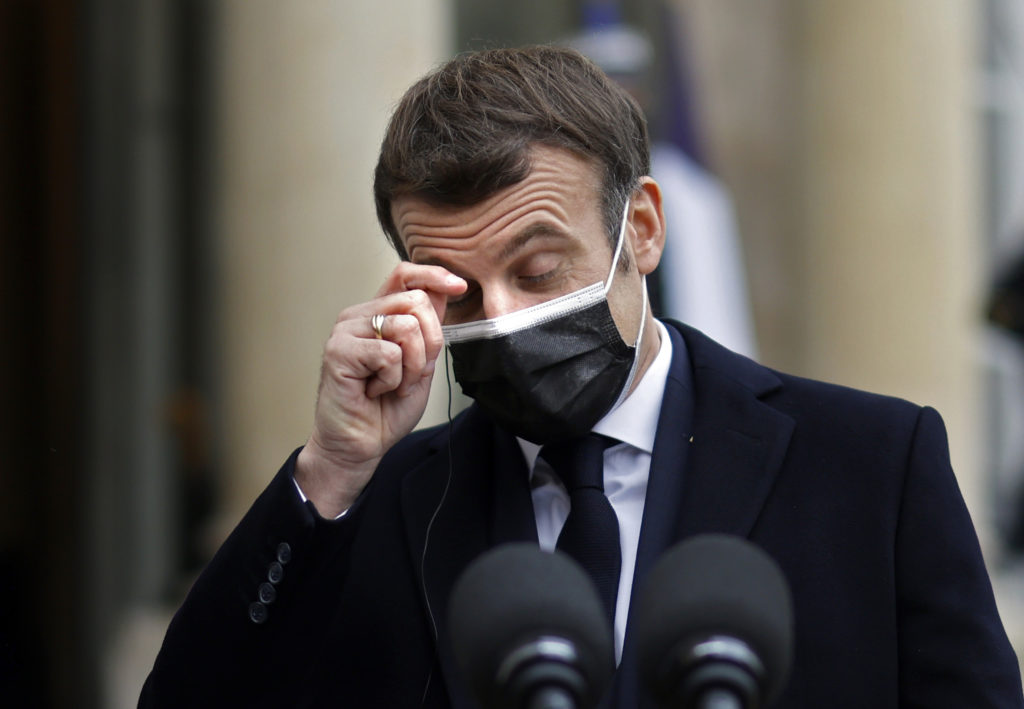 Macron plans referendum on including climate change fight in French constitution