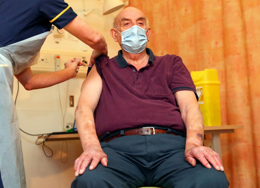Britain Locks Down Over Virus Surge Despite New Vaccine Rollout