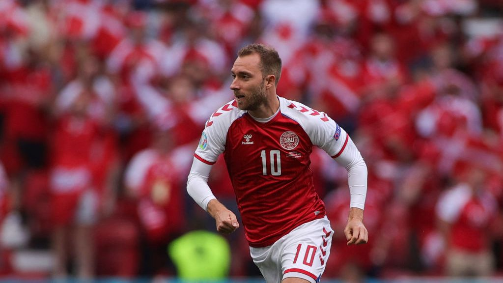 Christian Eriksen breaks silence following on-pitch cardiac arrest at Euro 2020